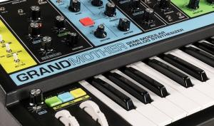 Moog Grandmother im Test: grandioser analoger Mono-Synthesizer