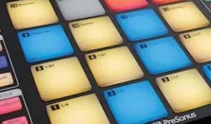 Fast lieferbar: der Presonus ATOM Controller für Studio One 4