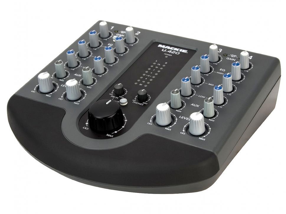 Test: Mackie U.420 Mixer