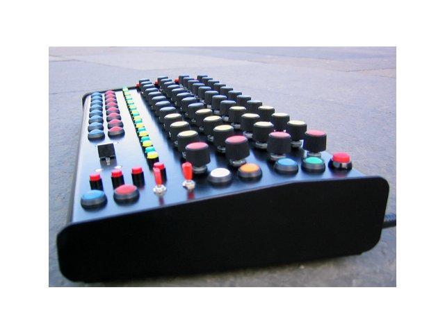 Macrostructure unItOne: MIDI-Controller nach Maß