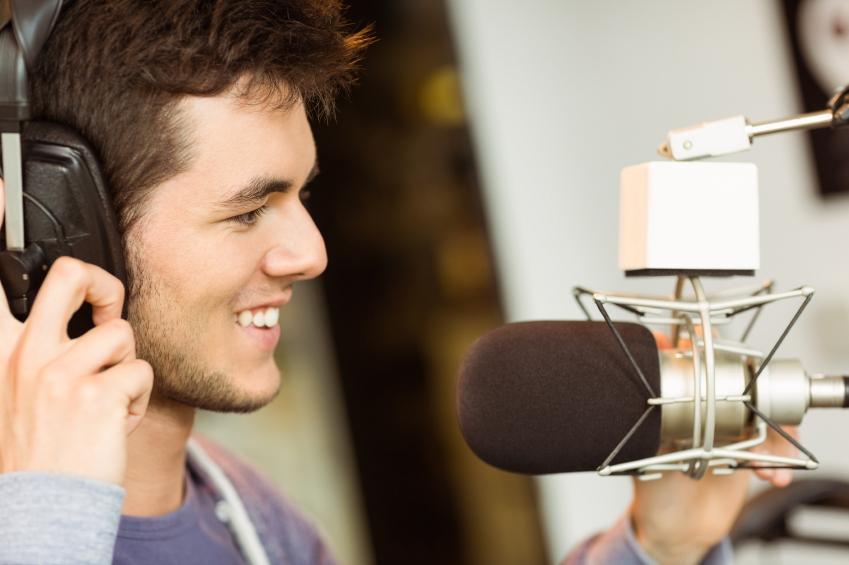 3 tolle Mikrofone, die sich mit dem iPhone oder einer DSLR-Kamera verbinden lassen.