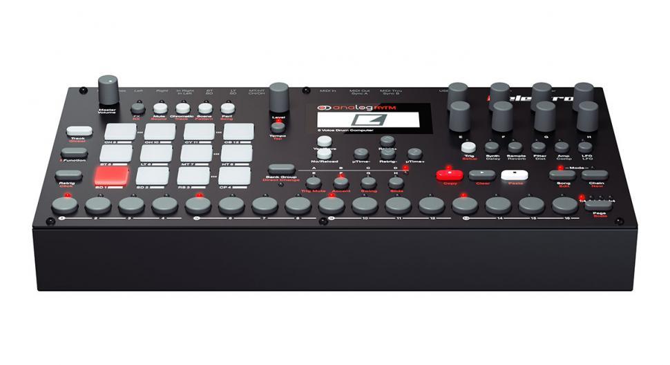 Der Analog Rytm zeichnet sich durch ein breites Klangspektrum aus, das sich dank Drumpads und Step-Sequenzer auf vielfältige Weise spielen lässt.