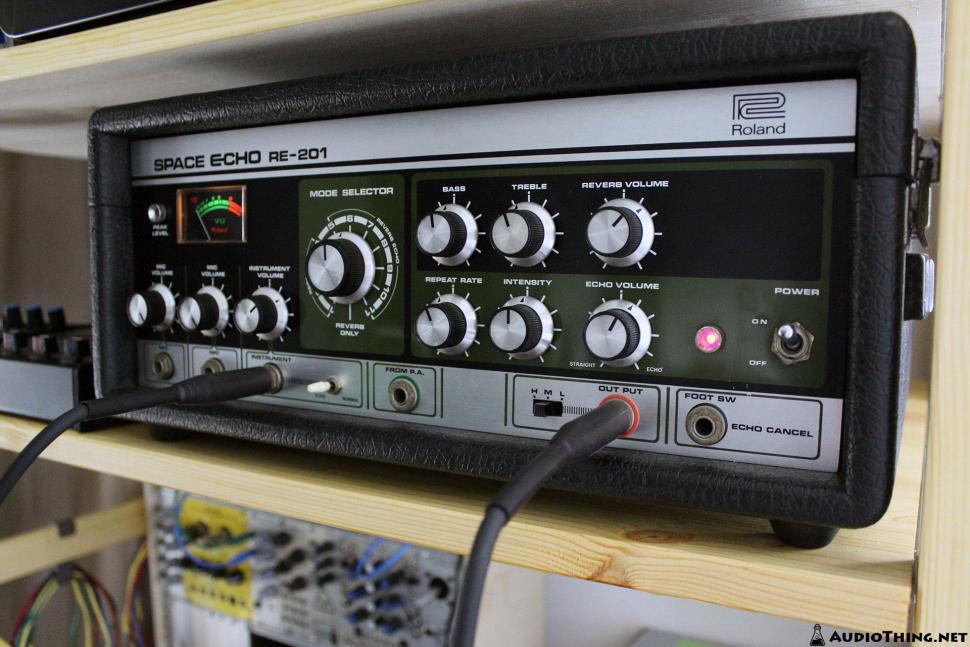 Roland Space Echo dient dem AudioThing Outer Space als Vorbild