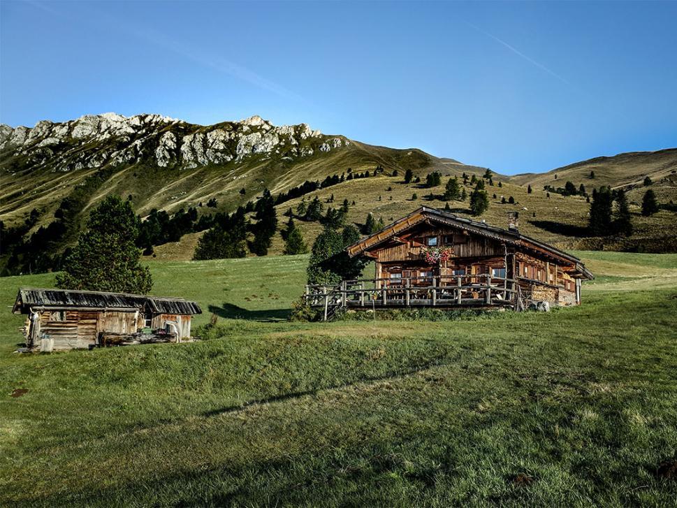 Stimming: Einsam auf den Dolomiten nur mit seinem Musik-Equipment