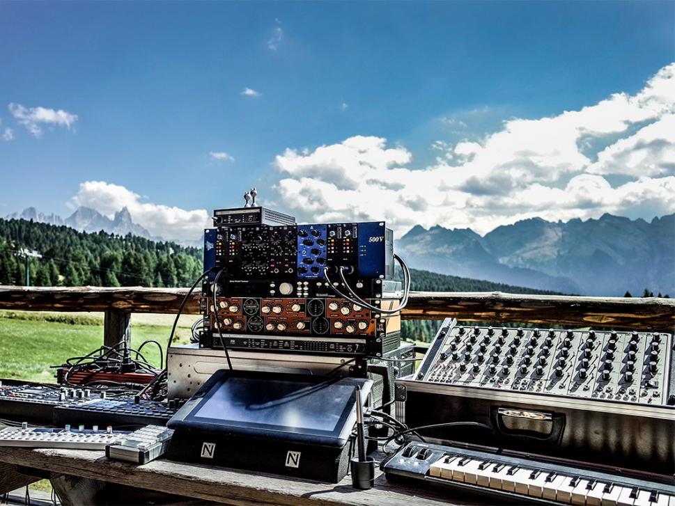 In einer kleinen Hütte in den Dolomiten entstand das wohl bisher beste Stimming-Album.