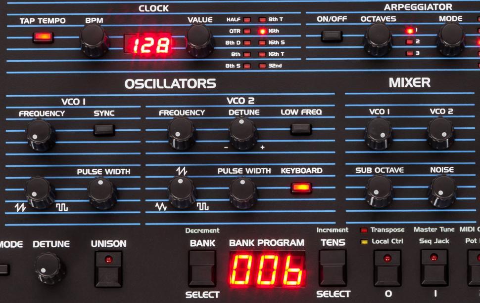 Dave Smith Instruments OB-6: Die Oszillatoren