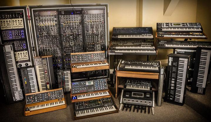 Gesampelte Synthesizer in Syntronik