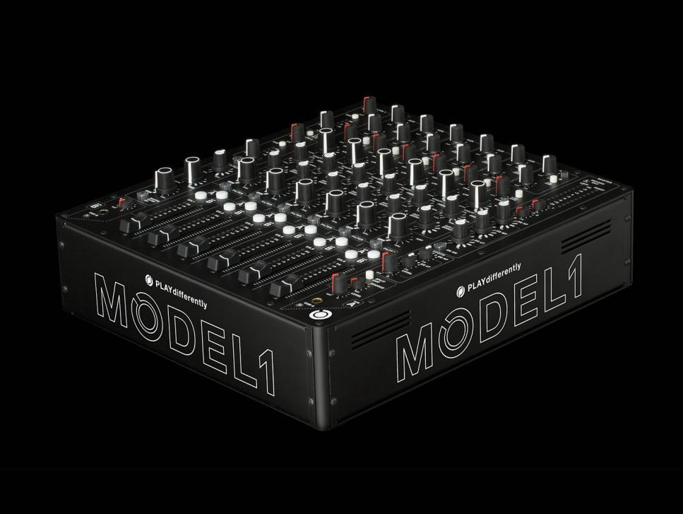 Model 1 ist ein Mixer mit einer besonderen Ausstattung und bietet einen hervorragenden Klang.