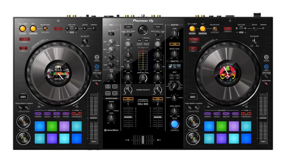 Überraschung von Pioneer DJ: DDJ-800 Controller ist da!