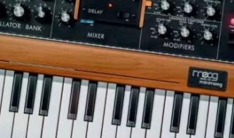 Polyphoner Moog Minimoog Model D für iOS