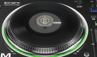 DenonSC5000M Prime: DJ-Player mit motorisierten Plattenteller