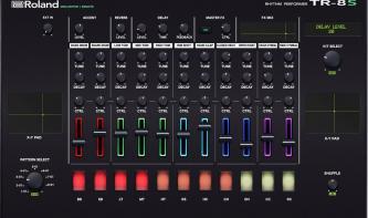 Virtueller MIDI-Controller für die Roland TR-8S von Momo Müller